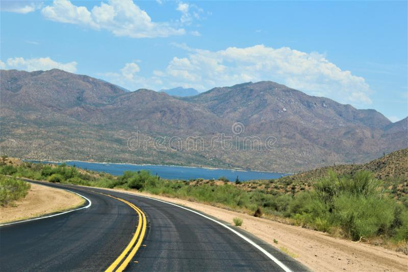 Bartlett δεξαμενή λιμνών, κομητεία Maricopa, κράτος φυσική άποψη τοπίων της Αριζόνα, Ηνωμένες Πολιτείες στοκ εικόνα