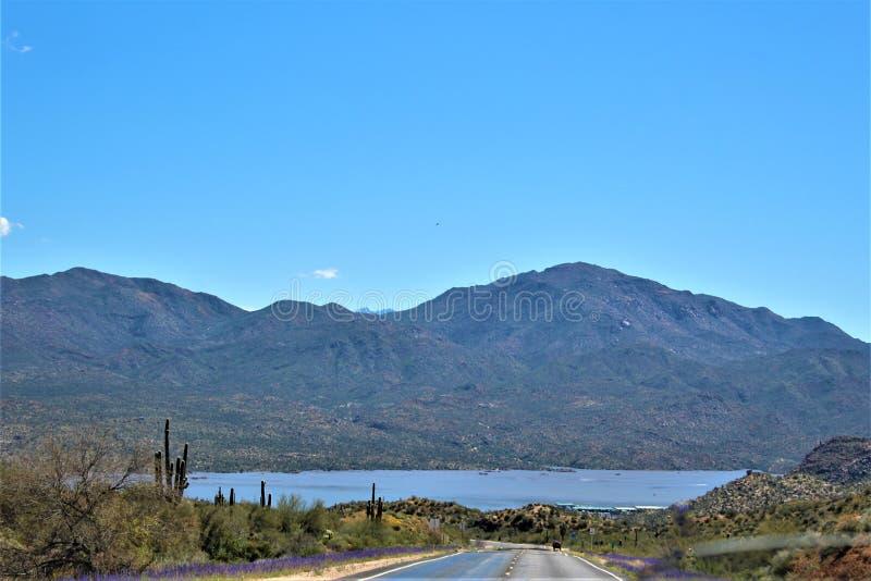 Bartlett Lake-reservoir, Maricopa-Provincie, Staat toneel het landschapsmening van van Arizona, Verenigde Staten stock afbeeldingen