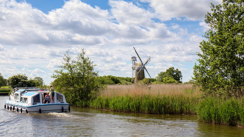 BARTON TURF, NORFOLK/UK - MAY 23 : View of Turf Fen Mill at Bart. On Turf ,Norwich, Norfolk on May 23, 2017. Unidentified people royalty free stock photos