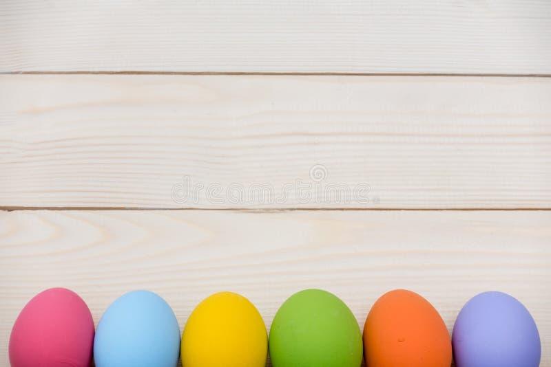 Barwiący jajka obraz royalty free