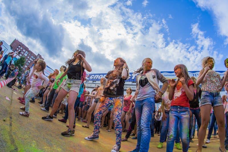 Download Barwi festiwal obraz stock editorial. Obraz złożonej z festiwale - 57665859