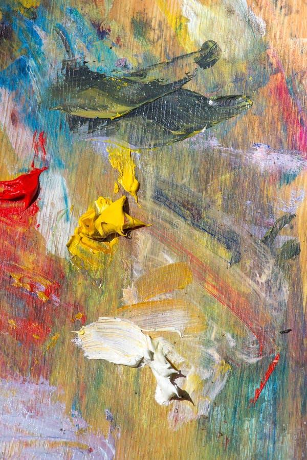 Barwiona paleta nafciane farby kreatywnie tła drewno fotografia stock