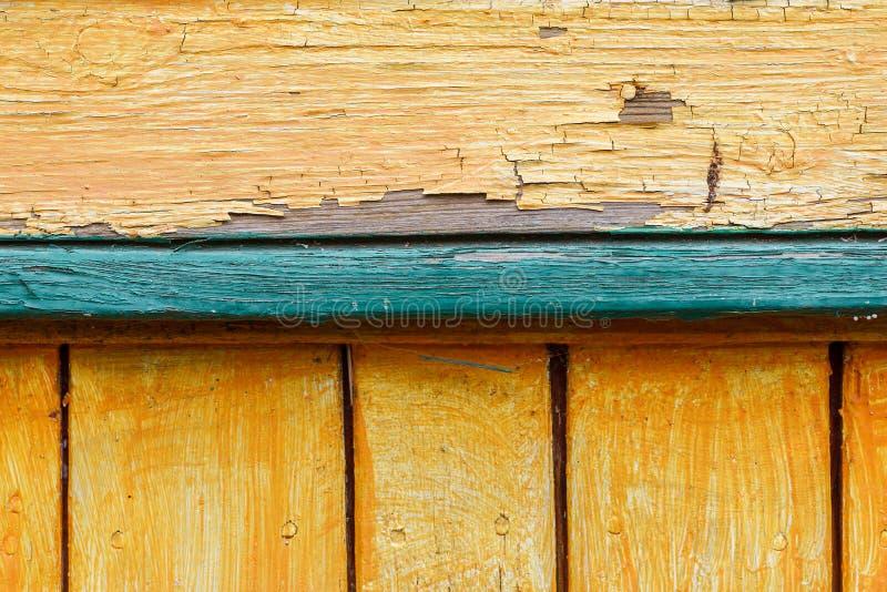 Barwione drewniane deski rozpadają się zbliżenie strzał, abstrakcjonistyczna tekstura zdjęcie stock