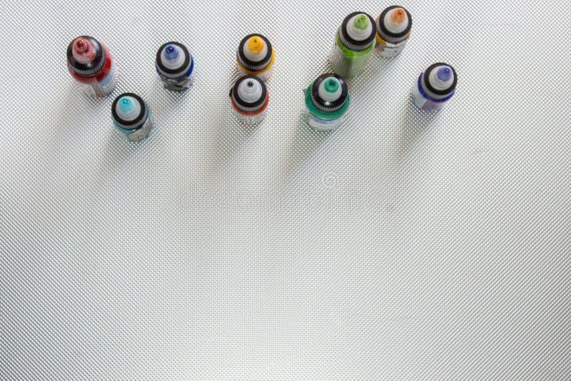 barwioni atramenty w plastikowych butelkach obraz royalty free