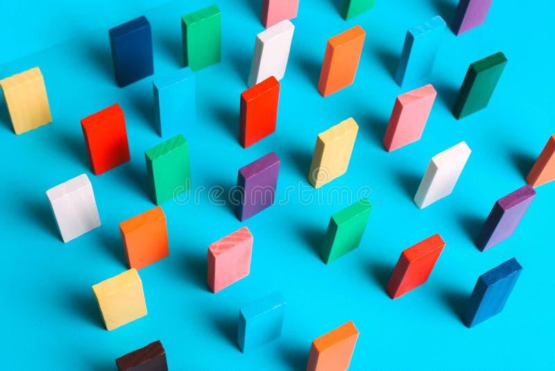 Barwioni domina z rzędu zdjęcie stock