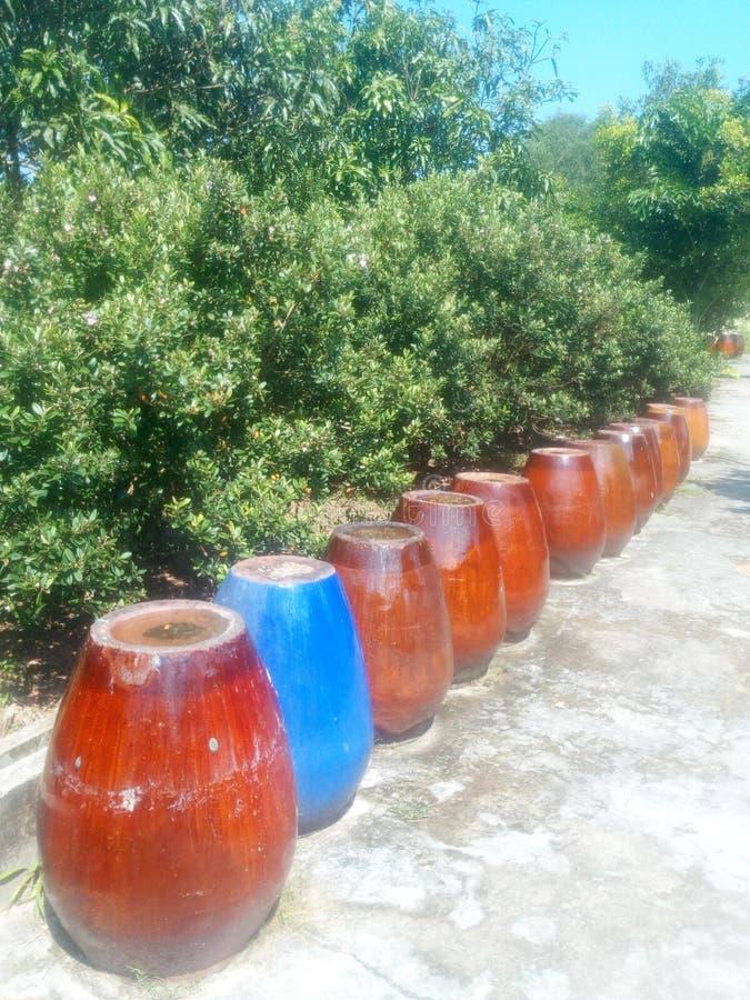 Baryłki glina dla wina w Wietnam obraz royalty free