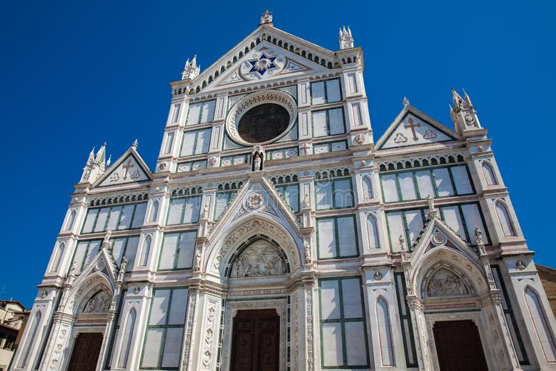 A basílica bonita da cruz santamente em Florença fotografia de stock
