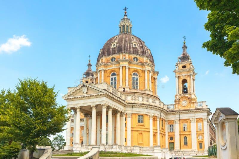 Basílica da igreja Basílica di Superga de Superga em Turin Itália situado sobre o monte de Superga Lugar bonito a visitar com fotos de stock