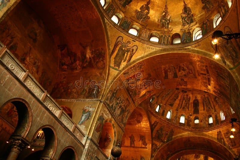 Basílica da marca do St foto de stock