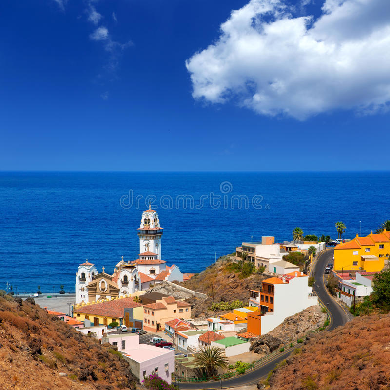 Basílica de Candelaria em Tenerife em Ilhas Canárias fotografia de stock