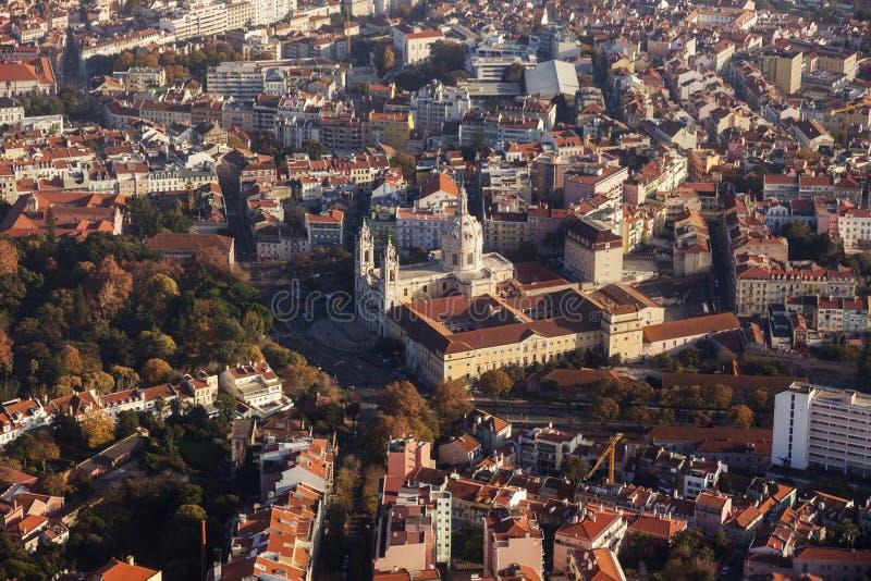 Basílica de Estrela en Lisboa - visión aérea imagen de archivo