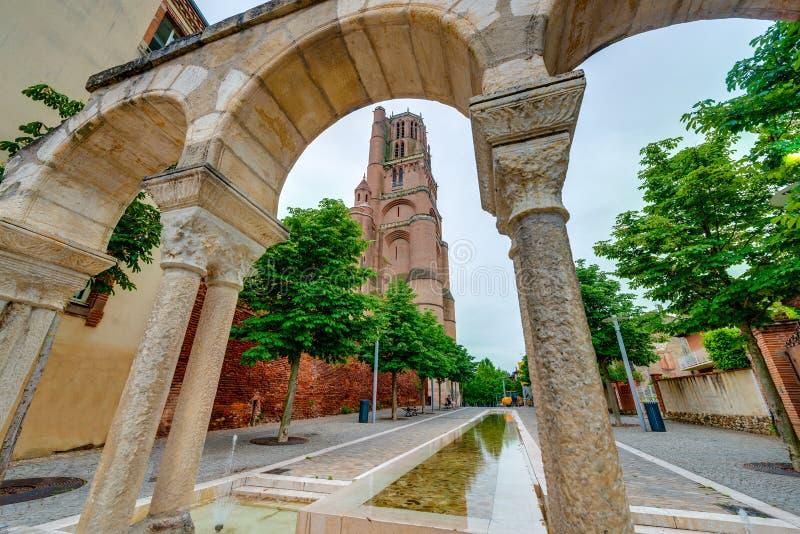 Basílica de la catedral de St Cecilia, en Albi, Francia fotografía de archivo