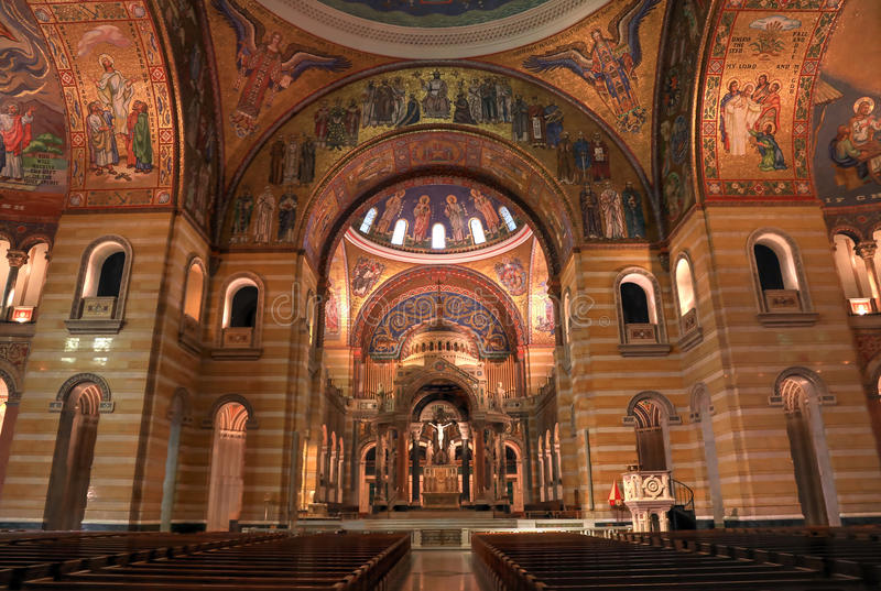 Basílica de la catedral del Saint Louis fotografía de archivo libre de regalías