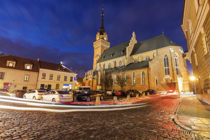 Basílica de la catedral de la natividad de la Virgen María bendecida adentro fotos de archivo