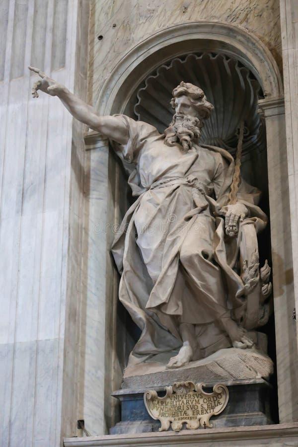 Basílica de la escultura - Vaticano, Italia imagen de archivo libre de regalías