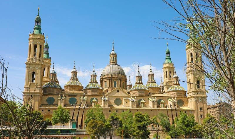 Basílica de nossa senhora da coluna é reputado ser a primeira igreja dedicada a Mary na história, Zaragoza, Espanha imagens de stock