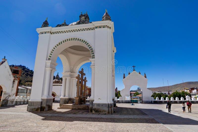 Basílica de nuestra señora de Copacabana el lago Titicaca foto de archivo libre de regalías
