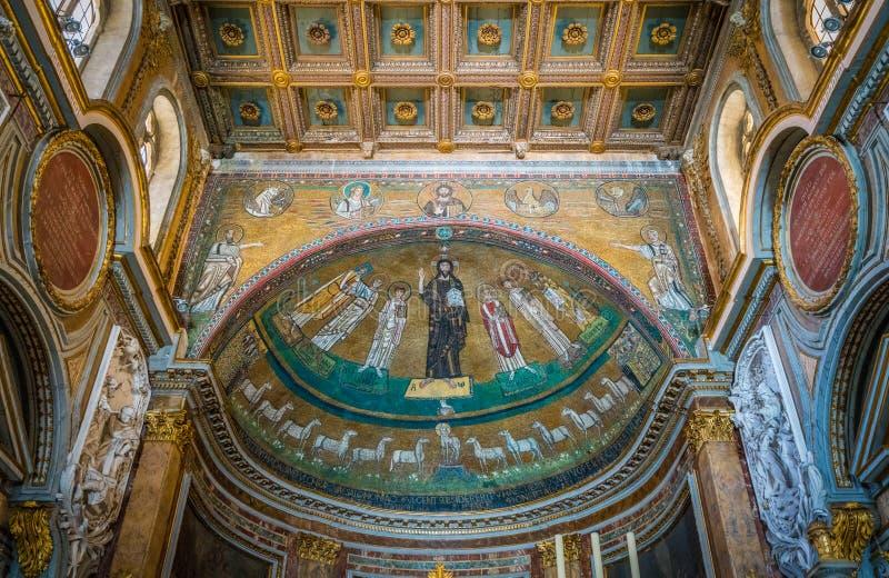 Basílica de San Marco cerca del palacio de Venezia y de Campidoglio en Roma, Italia fotos de archivo