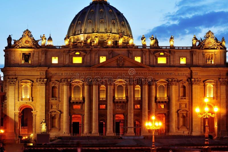 Basílica de San Pedro en la Ciudad del Vaticano, Italia fotos de archivo libres de regalías