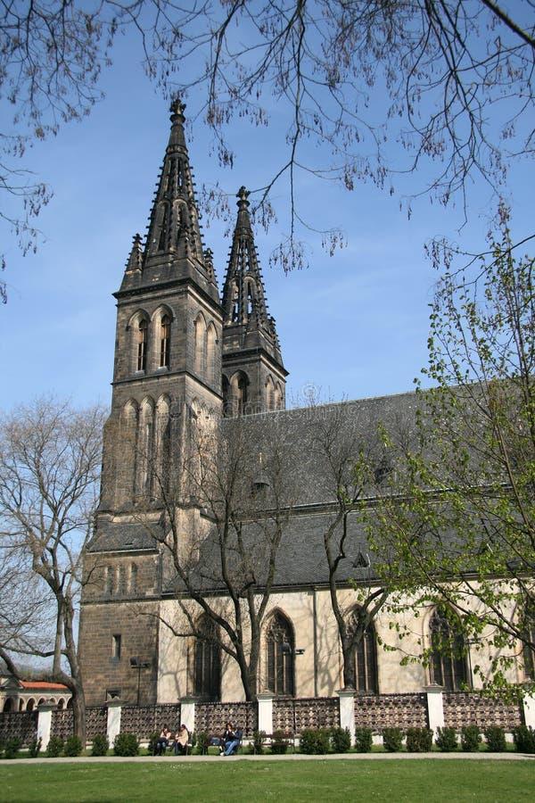 Basílica de San Pedro y de San Pablo en Vysehrad, Praga, República Checa fotografía de archivo libre de regalías