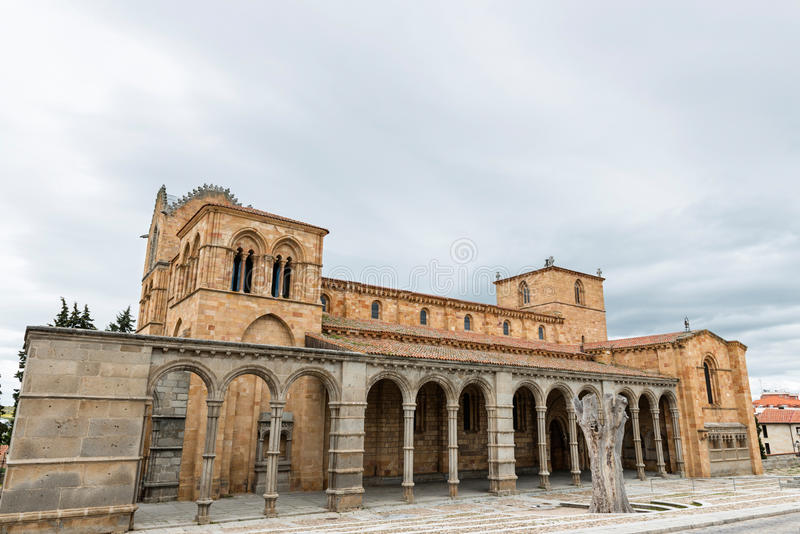 Basílica de San Vicente en Ávila, España imagen de archivo libre de regalías