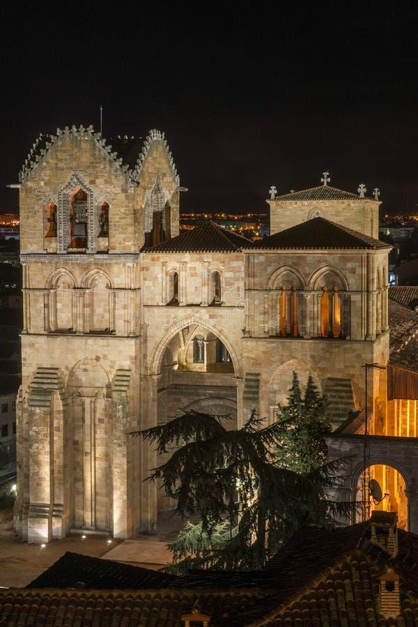 Basílica de San Vicente Night imagenes de archivo