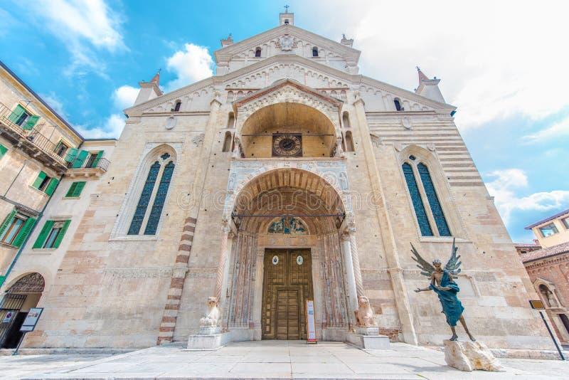 Basílica de San Zeno, Verona, Italia fotos de archivo