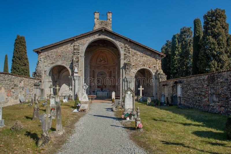 Basílica de Santa Giulia de Bonate Sotto fotos de archivo