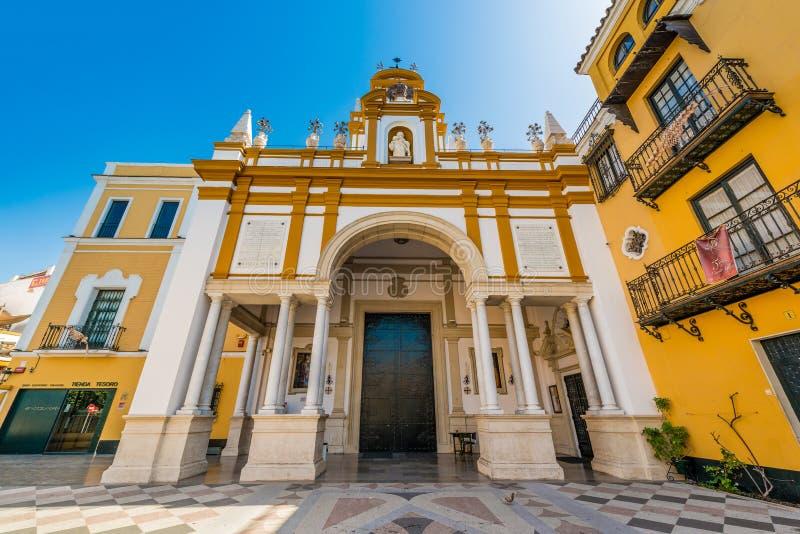 Basílica de Santa Maria de la Esperanza Macarena en Sevilla, España fotografía de archivo libre de regalías