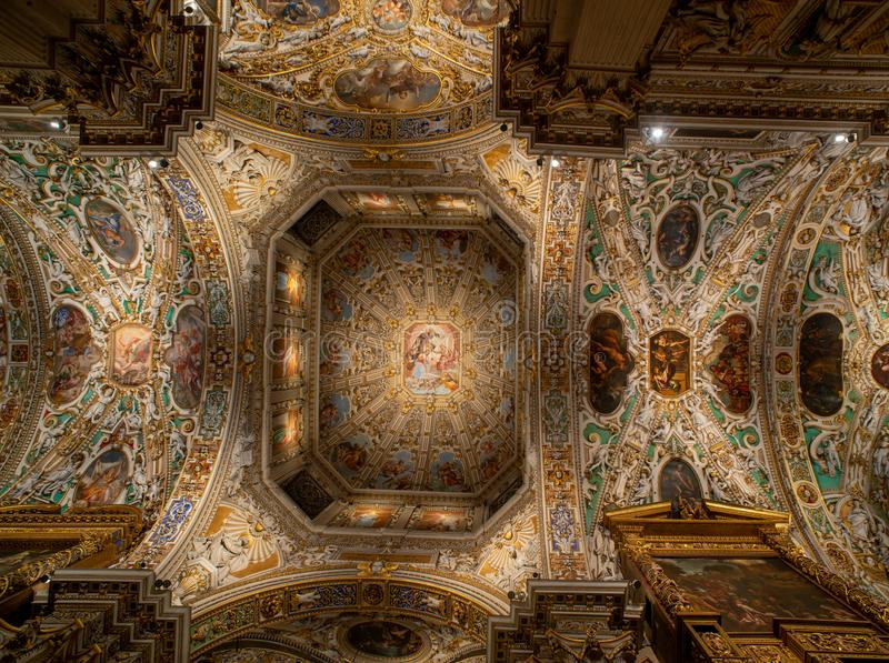 Basílica de Santa Maria Maggiore de Bérgamo imagen de archivo