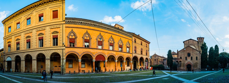 Basílica de Santo Stefano na cidade da Bolonha, Itália fotos de stock