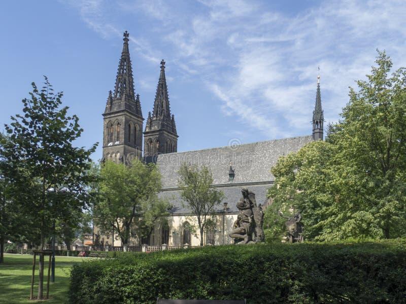 Basílica de St Peter e de St Paul, Praga imagens de stock