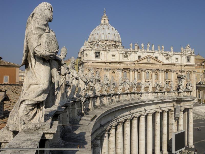 Basílica de St Peter, ponto de vista especial imagens de stock royalty free