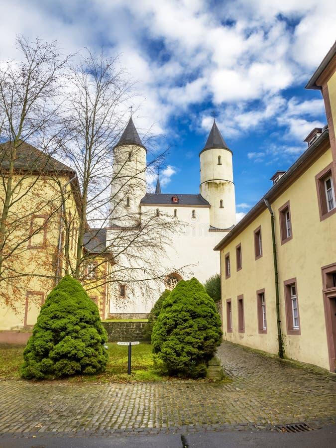 Basílica de Steinfeld, vista exterior parcial, em Steinfeld em Kall, Reno-Westphalia norte, Alemanha fotos de stock royalty free