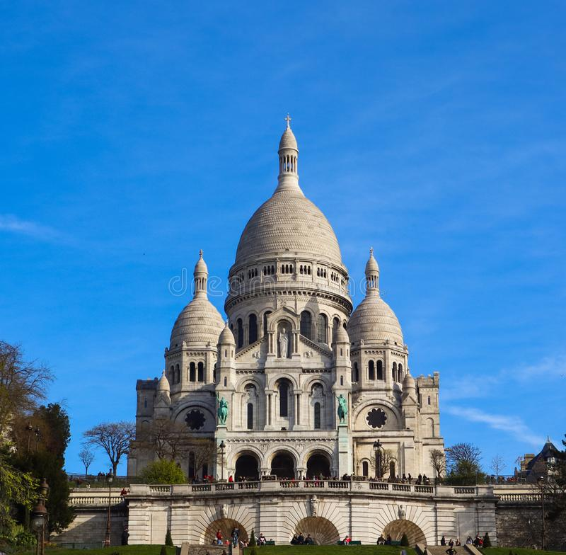 Basílica del corazón sagrado Sacre Coeur en París Francia En abril de 2019 imágenes de archivo libres de regalías