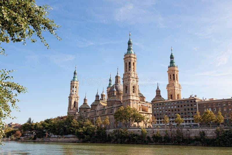 Basílica Del Pilar en Zaragoza imágenes de archivo libres de regalías