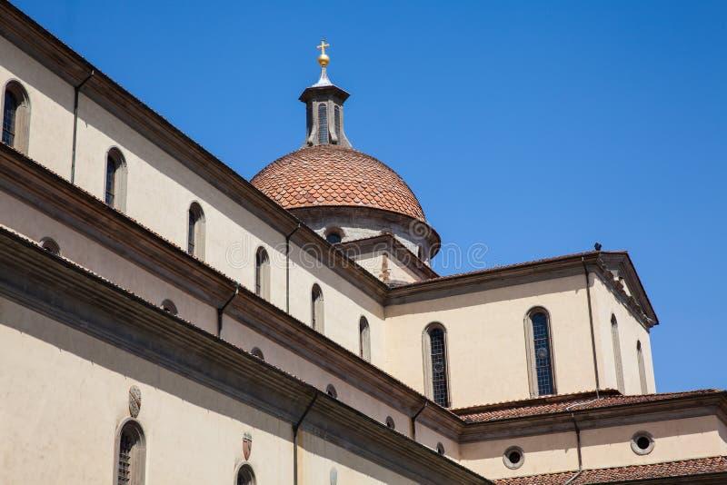 A basílica do Espírito Santo construiu 1487 em Florença fotos de stock royalty free