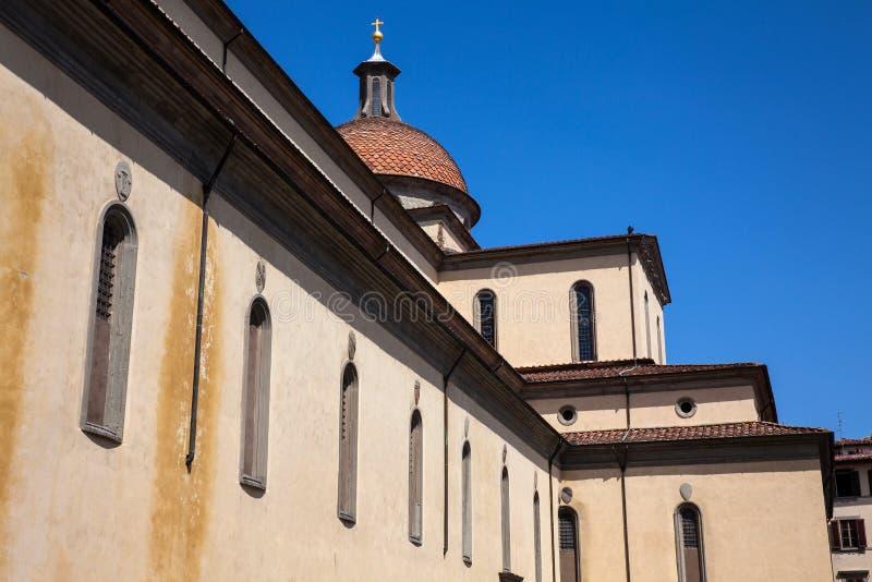 A basílica do Espírito Santo construiu 1487 em Florença imagem de stock