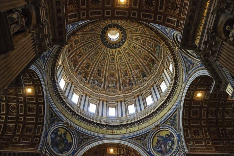 Basílica do St. Peter \ 'do s na Cidade do Vaticano imagem de stock