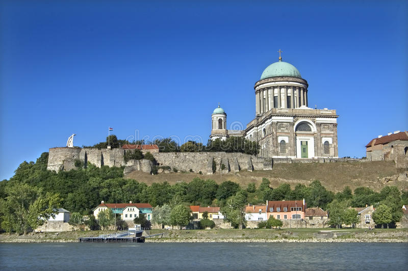 Basílica en Esztergom imagenes de archivo