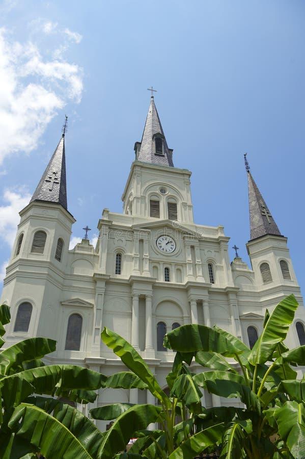 Basílica famosa de la catedral de New Orleans del Saint Louis fotos de archivo
