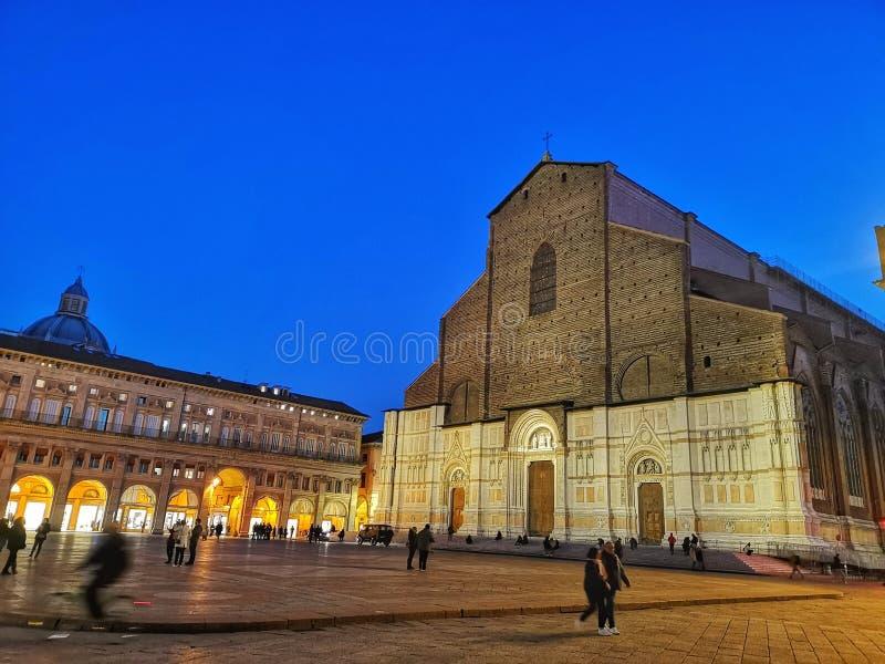 Basílica S da igreja Petronio Bologna, Piazza Grande, Itália imagem de stock royalty free