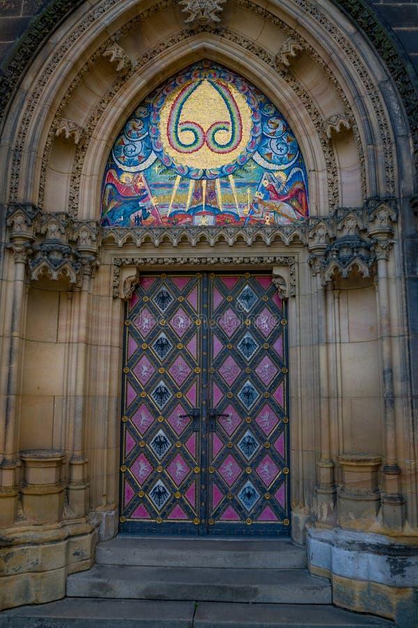 Bas?lica de St Peter e de St Paul em Praga, Rep?blica Checa foto de stock