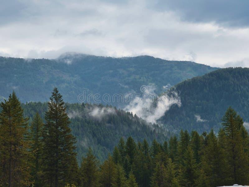 Bas nuages au glacier occidental images stock
