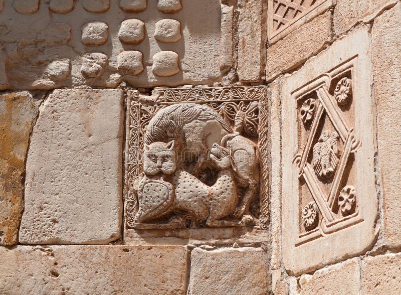 Bas-relevo na igreja de Agios Eleftherios em Atenas, Greec imagem de stock royalty free