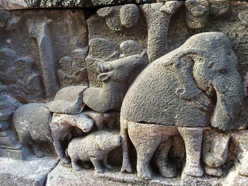 Bas Relief die het verschillende stadium van het leven van Lord Buddha naar Nirvana tonen, Borobudur-Tempel, Centraal Java, Indon royalty-vrije stock afbeeldingen