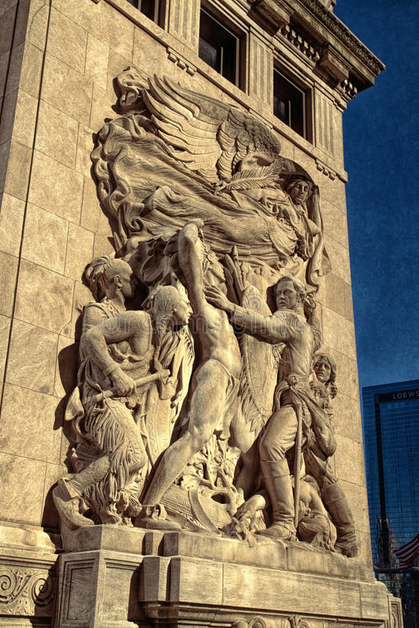 Bas Relief Sculptures Along The 1928 Chicago River lizenzfreie stockbilder
