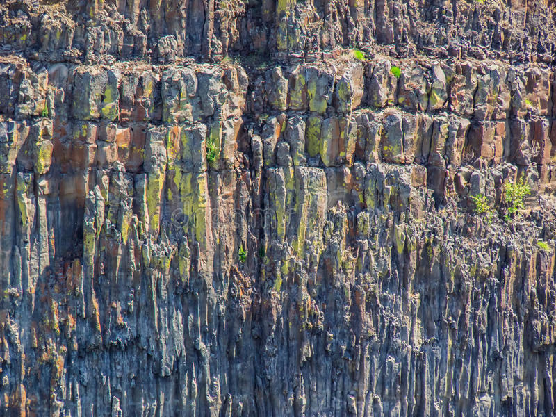 Basaltklippa arkivbild