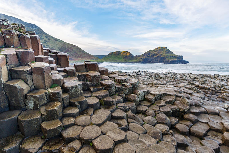 Basaltkolommen van Reuzenverhoogde weg stock afbeelding