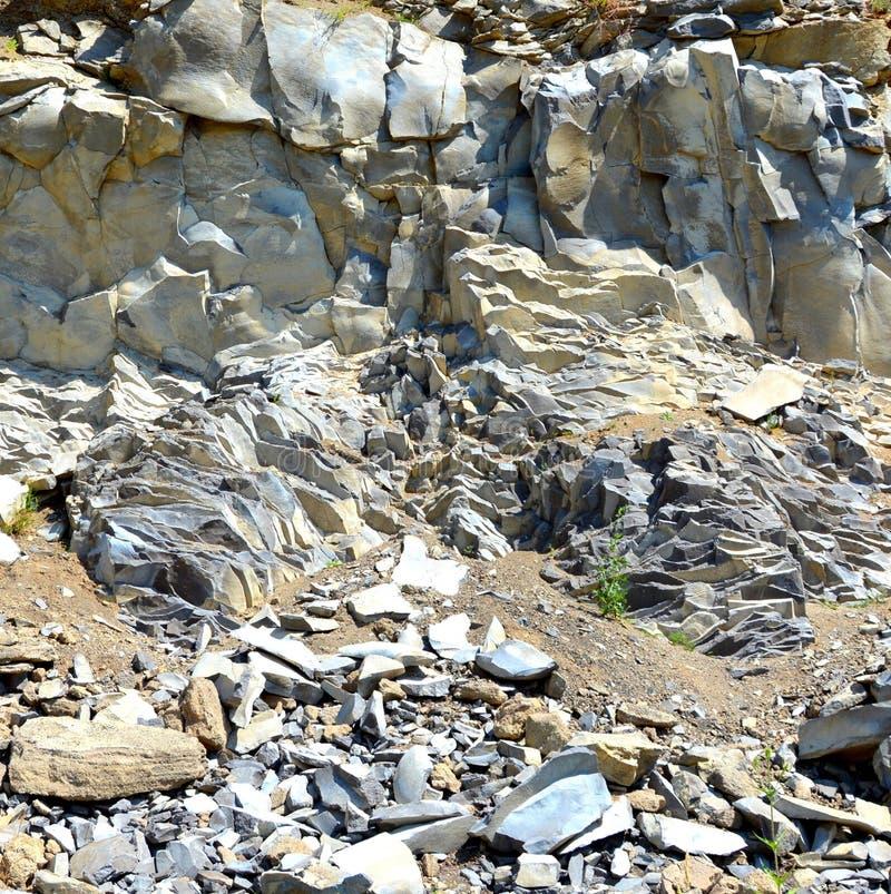Basaltkolonner vaggar i Racos, Transylvania royaltyfria foton